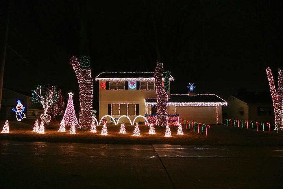 check out these quad city area christmas light shows - How To Check Christmas Lights