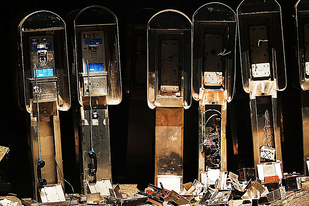New York City Public Payphones Become Relics In Digital Age
